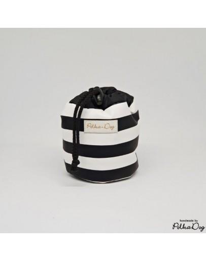 black&white mini jutalomfalat tartó